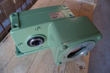 Demag Flanchgetriebe AGH 30 TL-B7.0-35-3-109